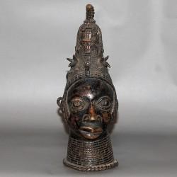 Tête d Oba en bronze
