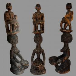 Porteuse de coupe Yoruba ancienne