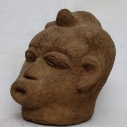 Ancienne terre cuite tête d'Adawama