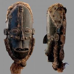 Masque Bété ancien et porté