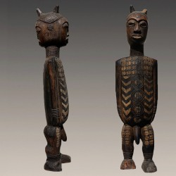 Rare et ancienne statuette Kuyu en Janus
