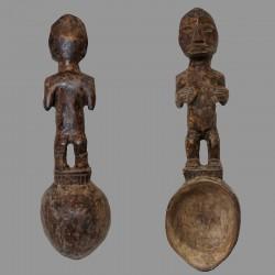 Ancienne cuillère Léga Bwami et fécondité