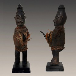 Statuette africaine yaka Phuungu