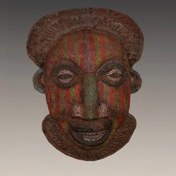 Cimier Bamiléké masque royal perlé