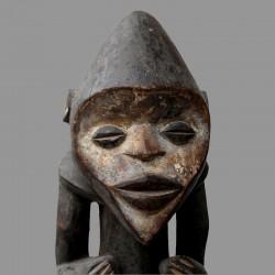 Statuette Manbila du Cameroun