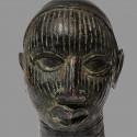 Tête de reine en bronze du Bénin