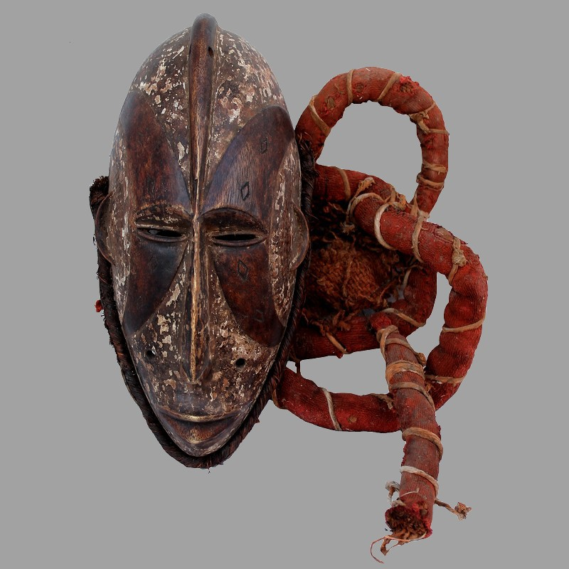 Masque Ibo Agbogho Mmuo ancien