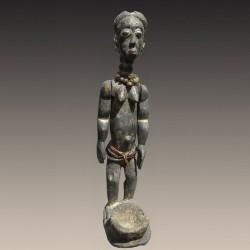 Figure d'une reine ancêtre koulango